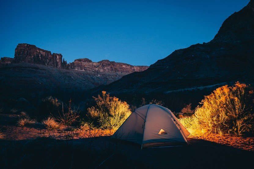 USEFUL CAMPING CHECKLIST YOU SHOULD HAVE