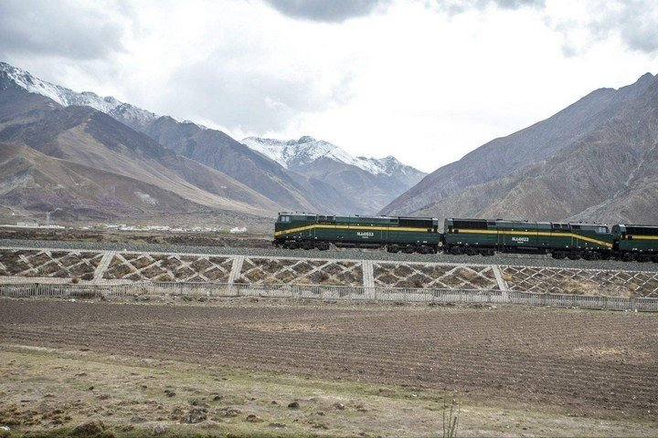 The best tibet train to lhasa