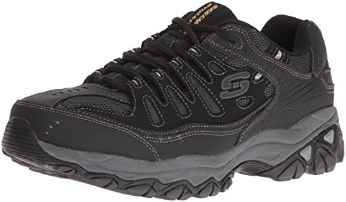 2018 Best Walking Shoes For Concrete While Travelling