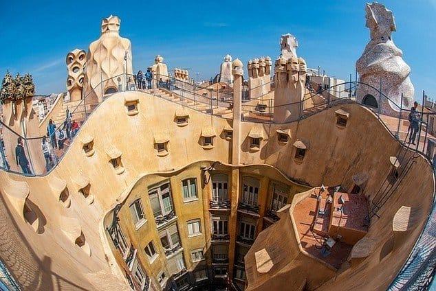 10 MUST-SEE GAUDI BUILDINGS IN BARCELONA - Best Gaudi Sights