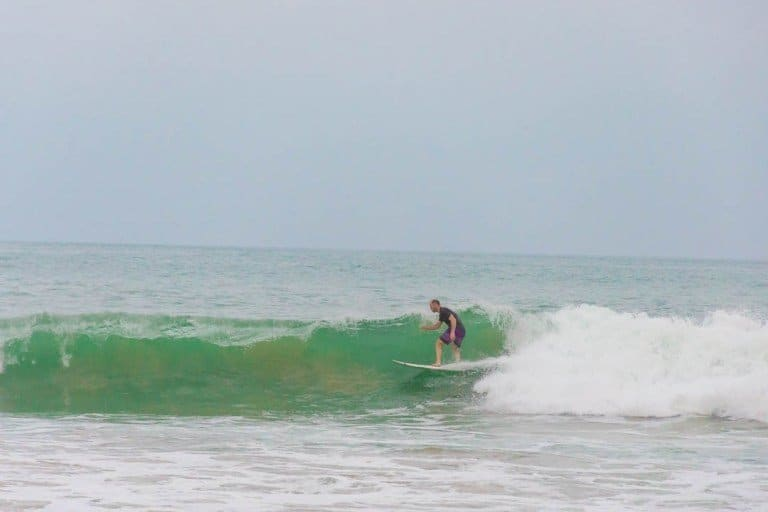 WHERE TO SURF IN ASIA-Best Surfing Spots In Asia For Beginner To Expert Mirissa