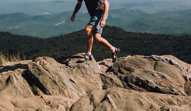 Best Walking Sandals For Travel – Men and Women 5