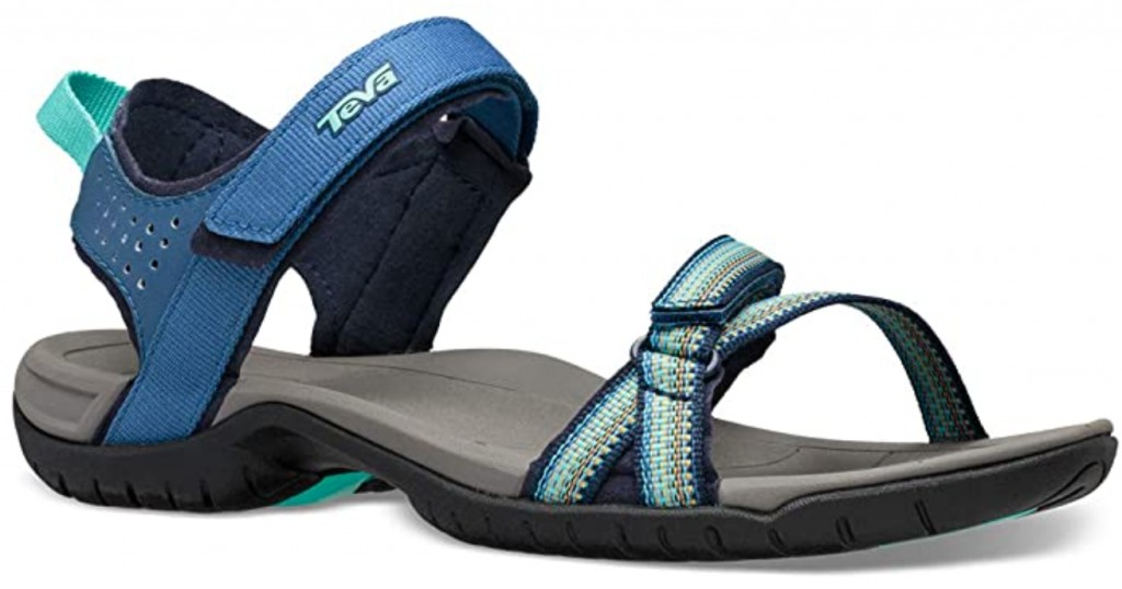 Best Walking Sandals For Travel – Men and Women 3