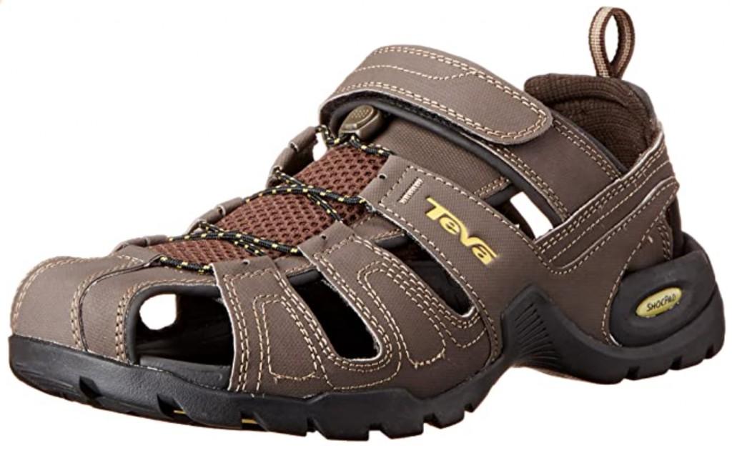 Best Walking Sandals For Travel – Men and Women 7