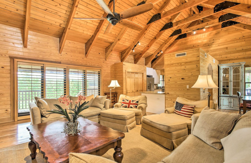 7 of the Best Airbnbs in Florida 3