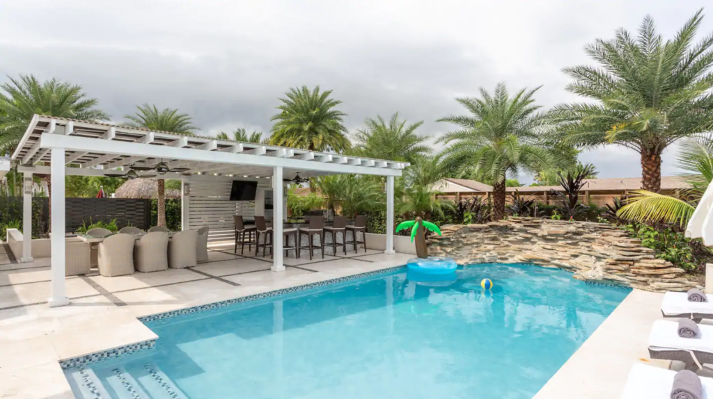 7 of the Best Airbnbs in Florida 8