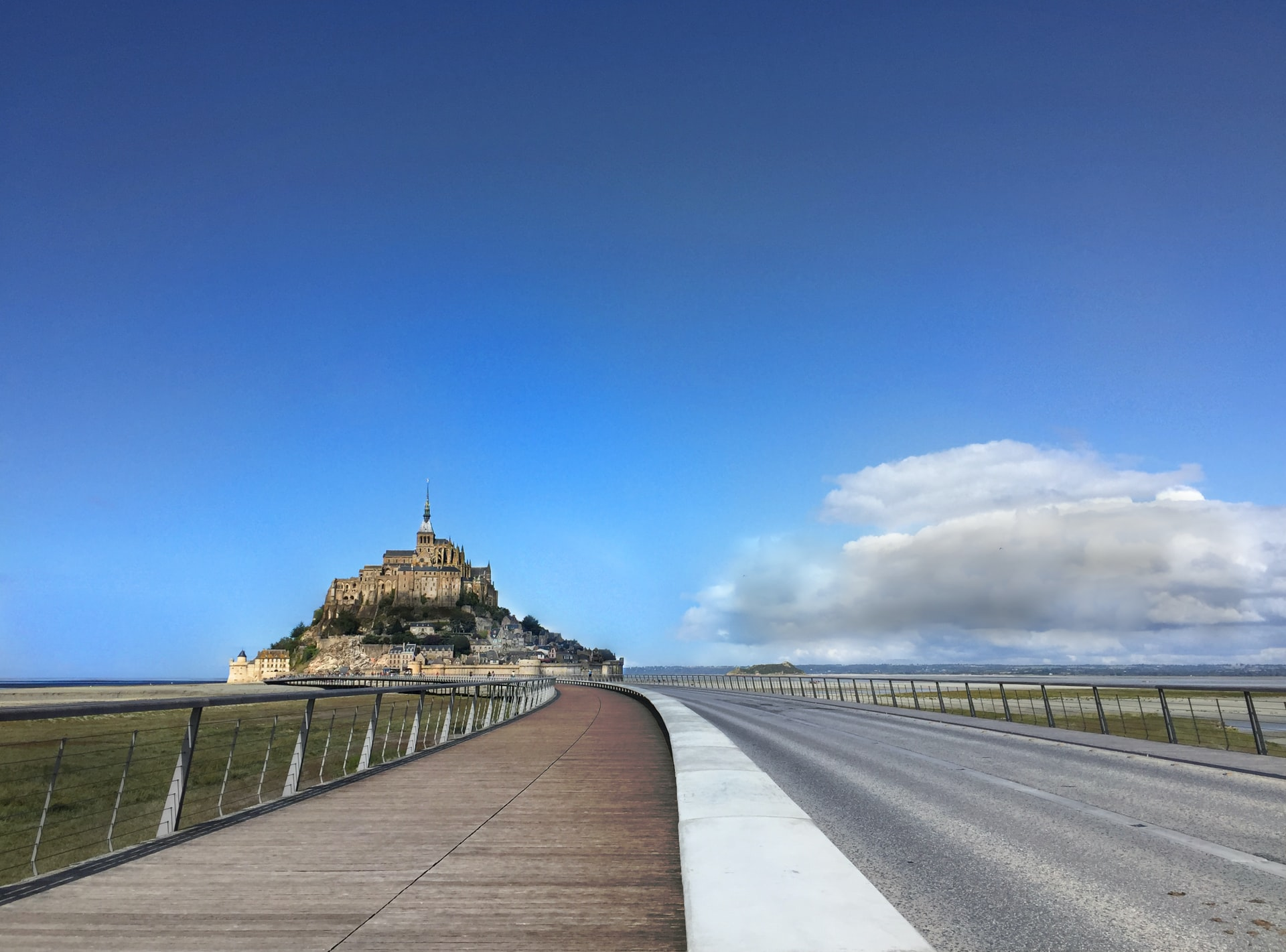 Must-See Places On a Road Trip In France 4